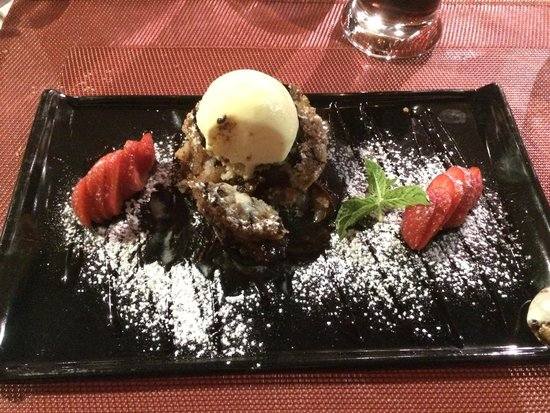 Art Sugo: Crumble di pere e cioccolato con gelato alla vaniglia.. Fantastico!