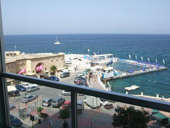 Preluna Hotel & Spa : Pool area