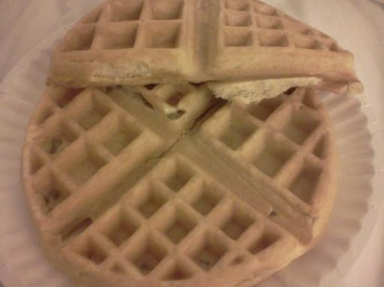 BEST WESTERN Danville Inn : Make your own Belgium waffles