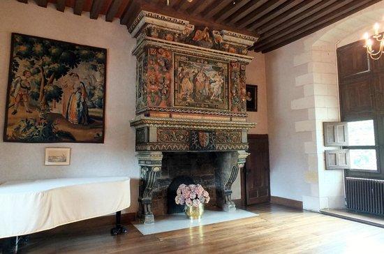 Chateau de Goulaine : Cheminée Renaissance