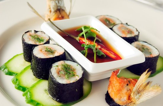Bacash Restaurant: Garfish and Prawn Nori Rolls