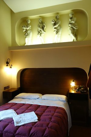Okapi Rooms: chambre