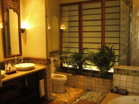 Ariyasomvilla : bathroom