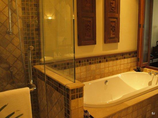 Ariyasomvilla : again amazing bathroom