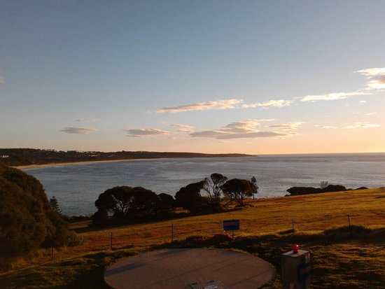 NRMA  Merimbula Beach Holiday Park: Sun Set