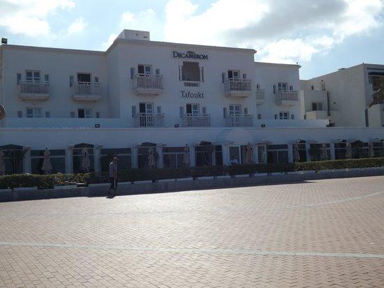 Royal Decameron Tafoukt Beach Hotel: Vue depuis la plage