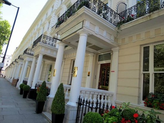 The Premier Notting Hill : In Prince's Square.