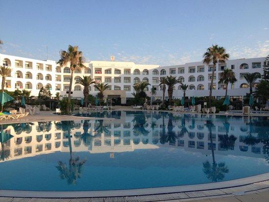 Vincci Nozha Beach Resort: Pool
