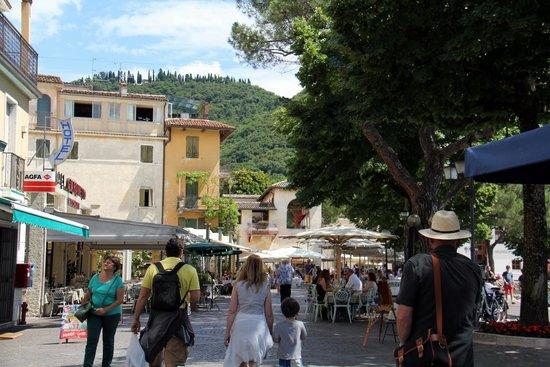 Piccolo Hotel: The long pormenda