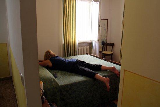 Piccolo Hotel: Main room