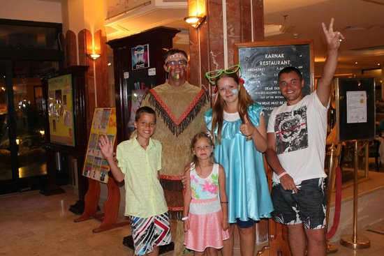 Sonesta Pharaoh Beach Resort Hurghada: Мы с Катей и Евгением