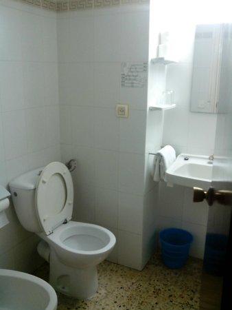 Hotel Samba: Baño