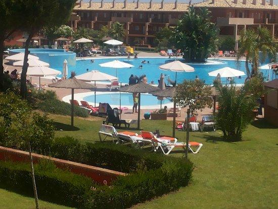 ILUNION Tartessus Sancti Petri Hotels : Piscina