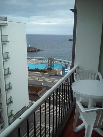 Hotel Acores Atlantico: Vistas y terraza habitación 606