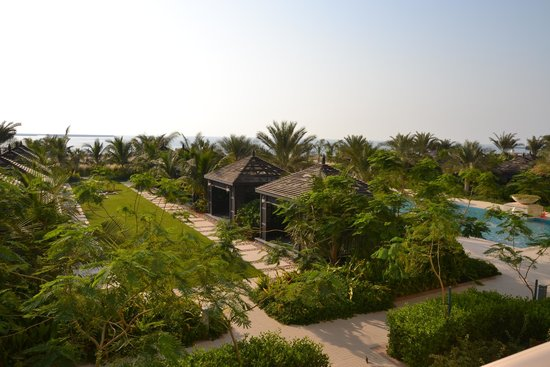 Hilton Ras Al Khaimah Resort & Spa : HUTS ON WALDORF ASTORIA GROUNDS