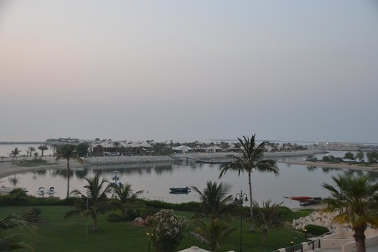 Hilton Ras Al Khaimah Resort & Spa : views from Waldorf Astoria Ras Al Khaima