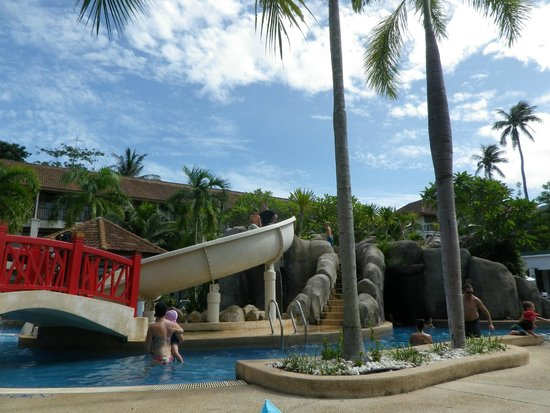 Centara Karon Resort Phuket: Water slides at the kid's pool area
