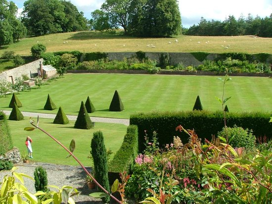 Plas Cadnant Hidden Gardens: gardens