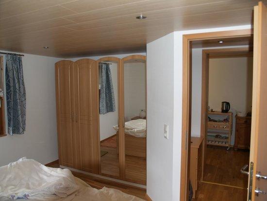 Birkenhof Brand: veel kastruimte in slaapkamer