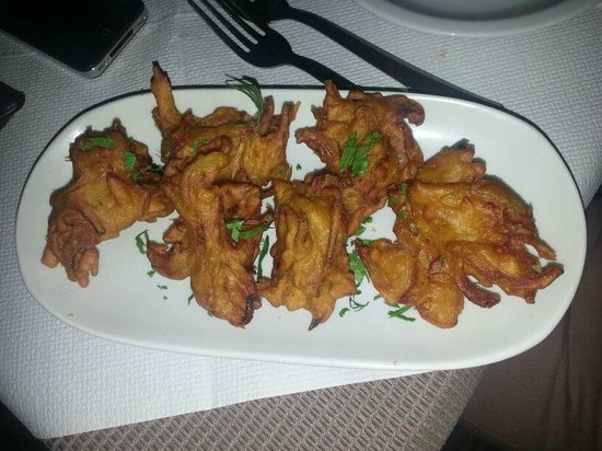 Sapana Indian Cuisine: Onion bajji