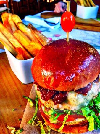 Stormsvlei Farm Stall & Restaurant: Pork Burger!