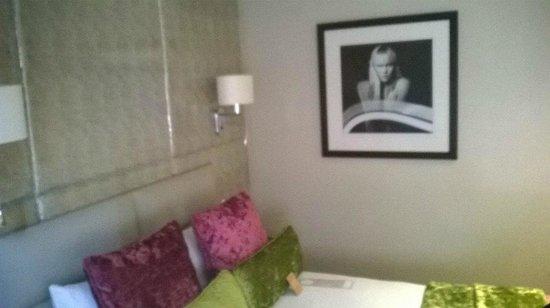 Radisson Blu Edwardian Mercer Street Hotel: Bedroom