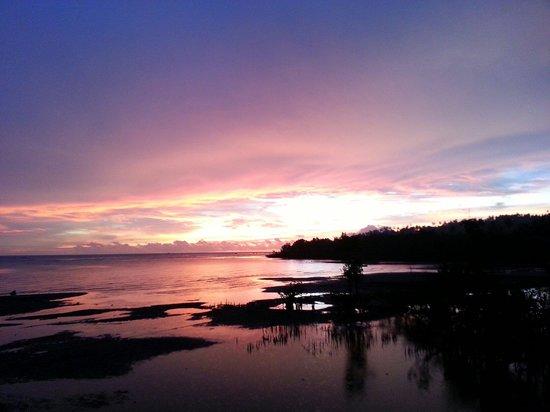 Thalassa PADI Dive Resort: View of Sunset