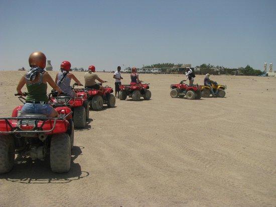 Sahara Desert: Квадроциклы.