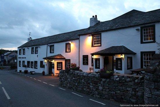 Queen's Head Inn: historic inn