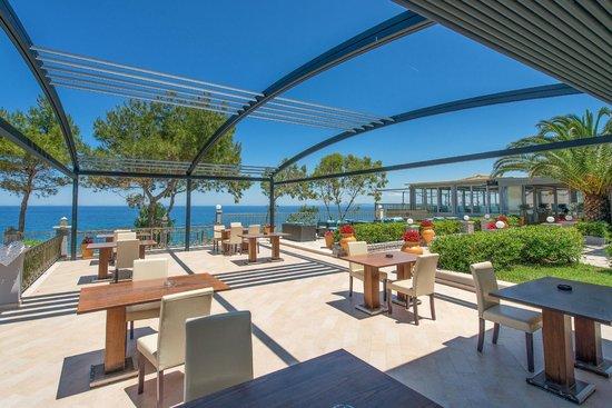 Balcony Hotel: Blue And Sea Restaurant