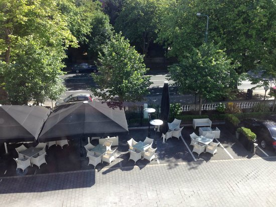 Hampton Hotel: Terrace