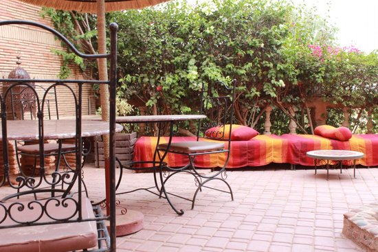 Kasbah Le Mirage: Outdoor seating