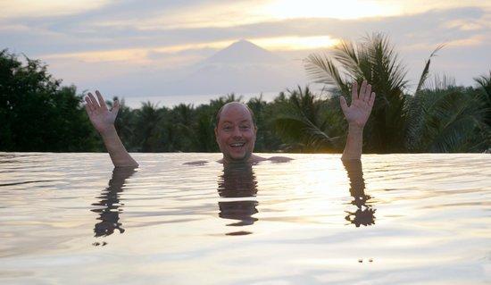 Svarga Resort Lombok: Son with Volcano Hat