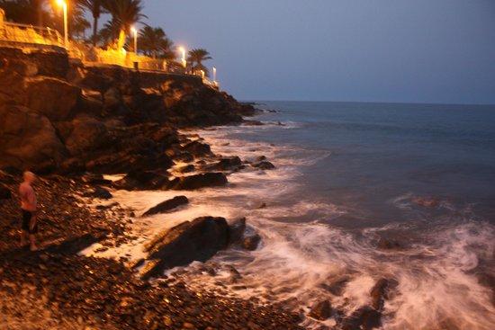 Beverly Park Hotel : океан и скалы