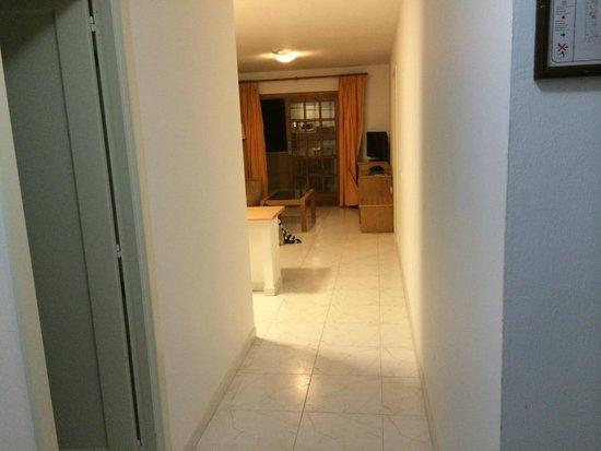 Suite Hotel Elba Castillo San Jorge & Antigua: Long room