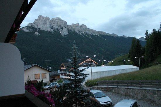 Hotel Miramonti : panorama dal balcone della camera