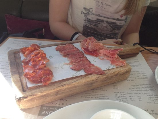 Salt House Tapas: Charcuterie board
