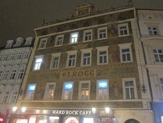 Rott Hotel: Отель вечером