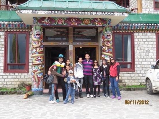Club Mahindra Gangtok, Royal Demazong : the unforgotable experience at ROYAL damazong ** one has to go once