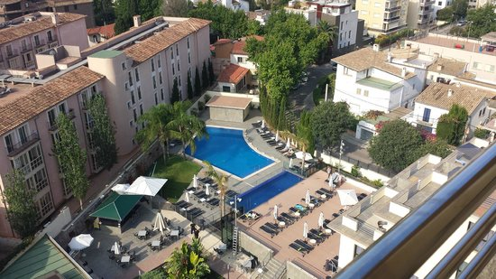 Hotel Isla Mallorca & Spa: vistas de la piscina desde la habitacion