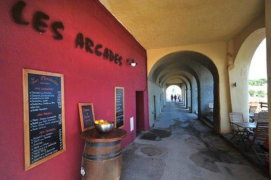 Les Arcades