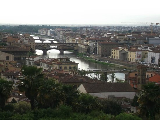 Piazzale Michelangelo: Vista del Arno
