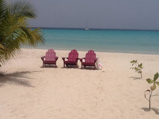 Dudley's Big Ship Taxi and Tours: Negril Seven Mile Beach