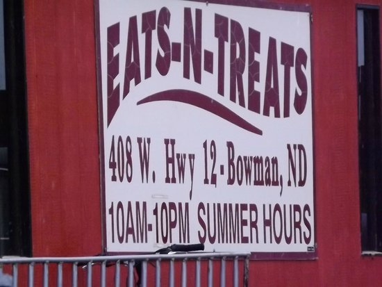 Eats N Treats: signage