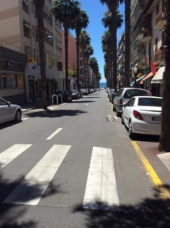 Juan les Pins Main Beach : the main street