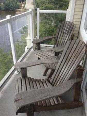 Taboo Muskoka Resort: balcony on room 417