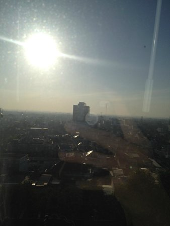 Crowne Plaza Semarang: Morning View from The Room