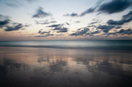 Bucuti & Tara Beach Resort Aruba: Sunset view from the Bucuti & Tara Beach