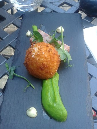 Loxley's Restaurant & Wine Bar: Thats un oeuf!