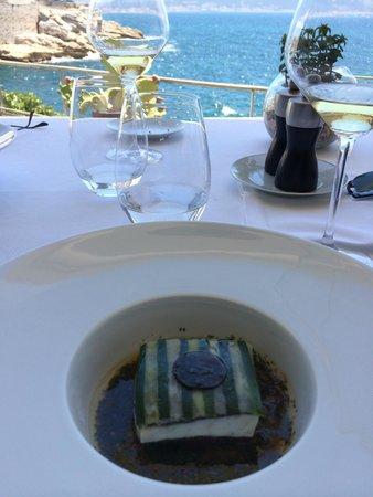 Le Petit Nice : Sea Bass, so beautiful and tasteful